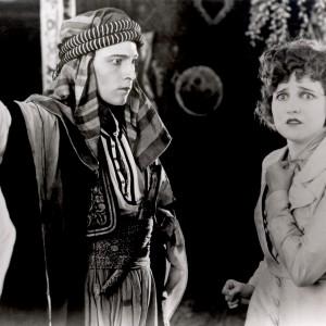 rudolph-valentino-silent-movies-13885650-1560-1045